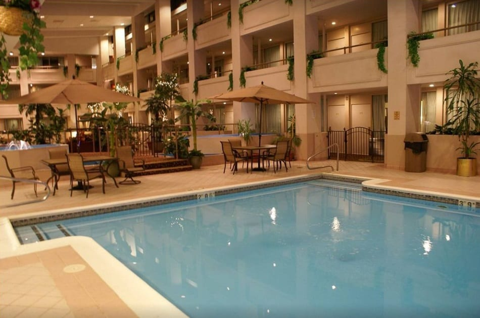 Holiday Inn - Scranton East with indoor Jacuzzi and indoor pool