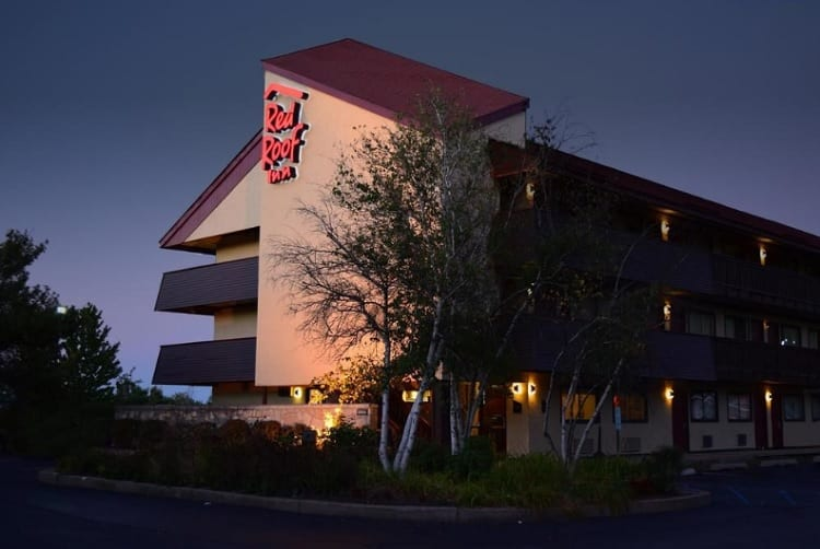 Red Roof Inn, Located Near Mohegan Sun Pocono, King's College, and Wilkes University